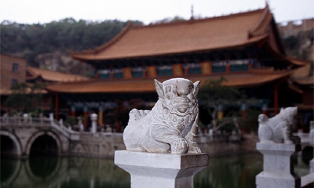 tempel2.jpg